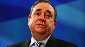 Salmond steps down as First Minister of Scotland