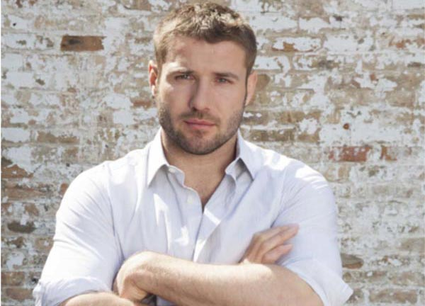 Former rugby star launches 'UK Standup Day' to banish bullying