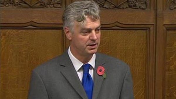 Kemptown MP presents traveller petition in Parliament