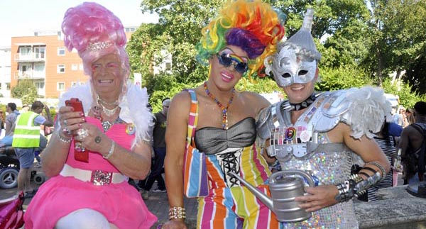 BRIGHTON PRIDE PICTURE DIARY: Carnival of Diversity: The Costumes