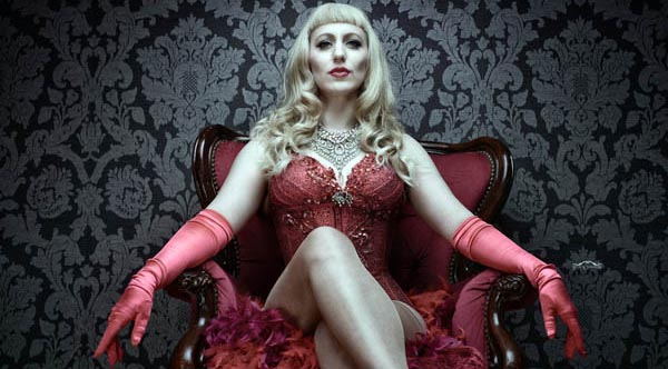 PREVIEW: Hundred Watt Club – Burlesque and Cabaret