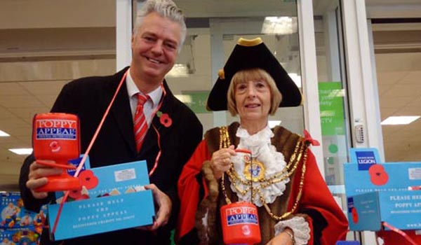 Kemptown MP collects for Royal British Legion
