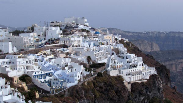 TRAVEL: Santorini – 2 Islands for the price of one