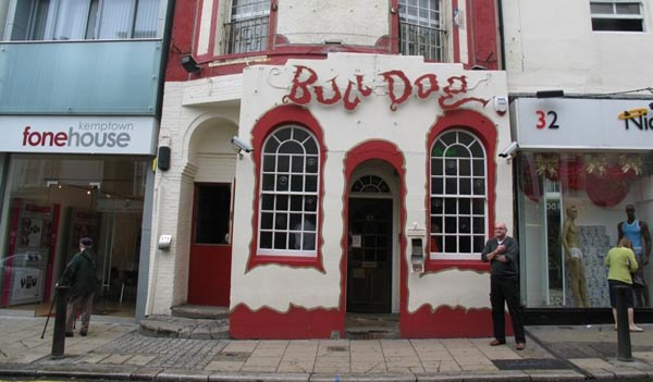 Bulldog agree new licensing hours with Sussex Police