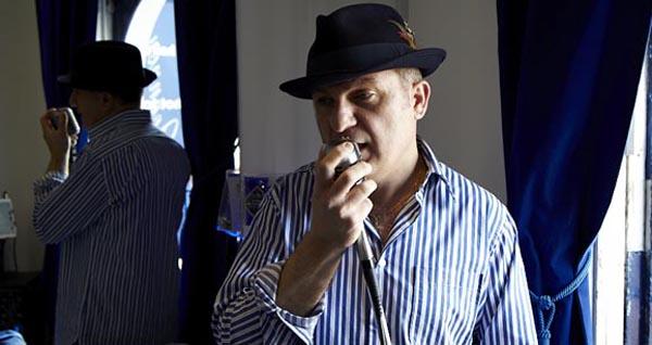 PREVIEW: Fringe: Peter Joannou Brighton's Singing Barber