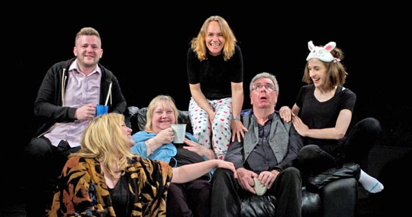 PREVIEW: Love and Information@New Venture Theatre