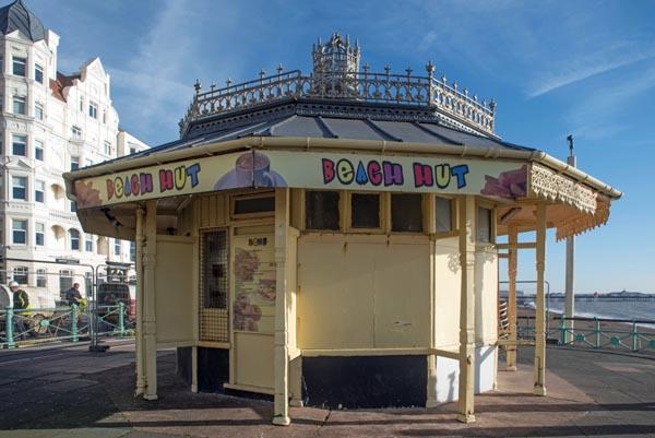Council to rebuild historic seafront kiosk