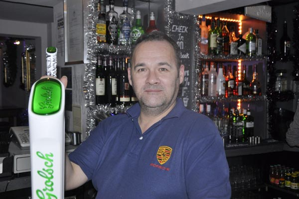 Who's the boss behind the bar @The Queens Arms?
