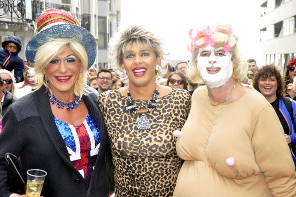 Record crowds turnout for Easter bonnet parade in Hove