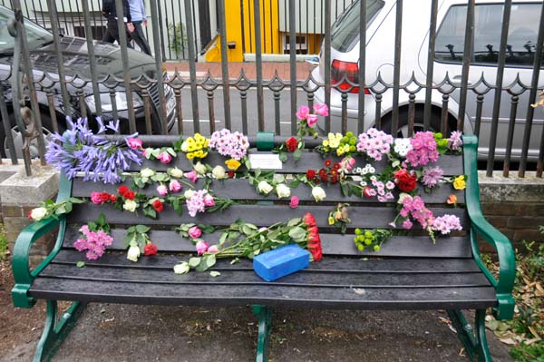 Memorial benches to 'Mouse and Gloria' dedicated