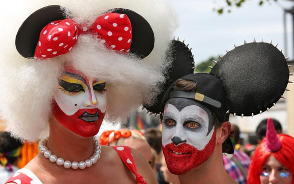 Busted draw record crowds to Bristol Pride