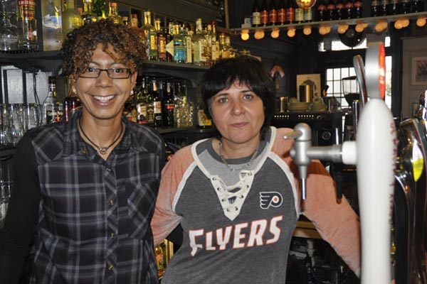 Who's the boss behind the bar? @The Crown