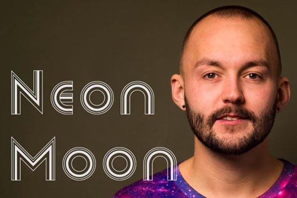 MUSIC PREVIEW: Neon Moon by Matthew Callow