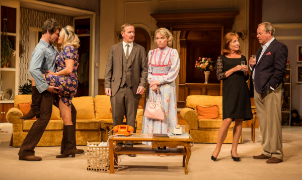 THEATRE REVIEW: How the Other Half Loves @Theatre Royal