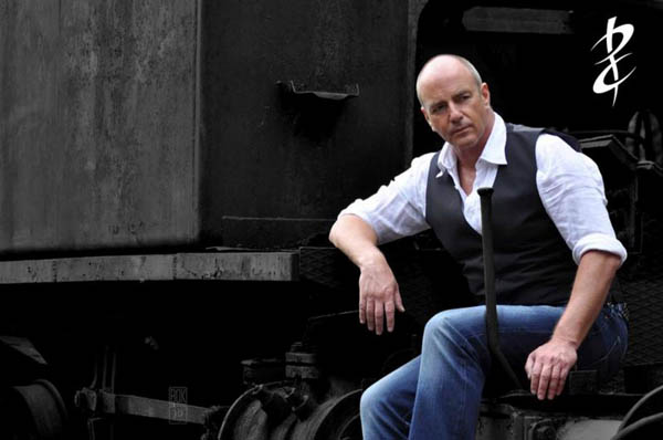 INTERVIEW: Peter Cox – An 80s Icon!