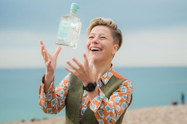 FEATURE: Still Life With Gin