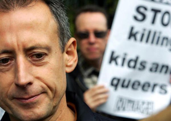 Tatchell to distribute LGBT+ leaflets at Regents Park mosque today