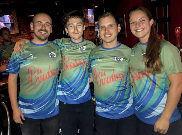 Bar Broadway sponsor new kit for Sea Serpents Rugby Club