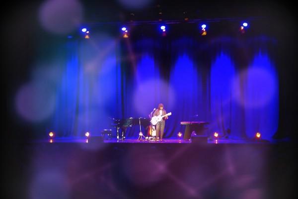 LIVE REVIEW: Joan Armatrading @Brighton Dome