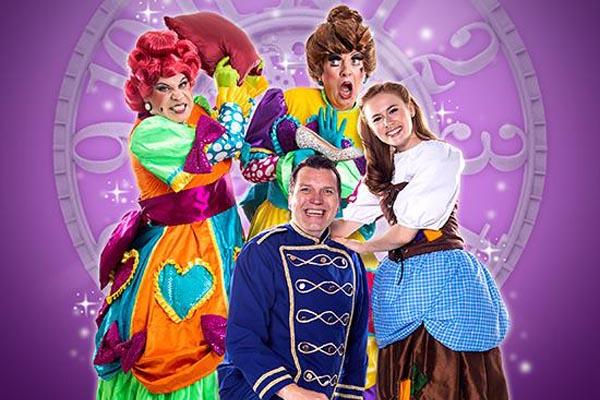 PREVIEW: Cinderella at Devonshire Park Theatre, Eastbourne