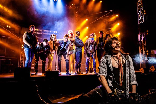 PREVIEW: Rock of Ages @Congress Theatre, Eastbourne