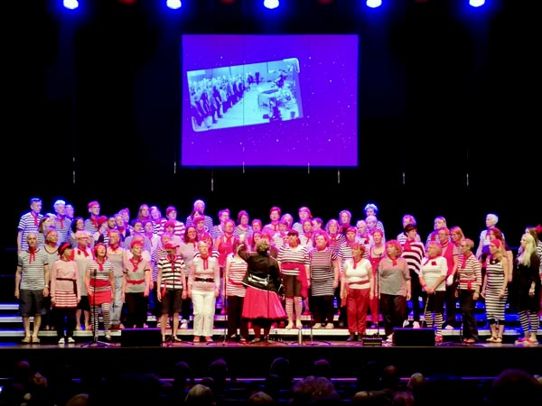 Choir offers free places for young people across the city