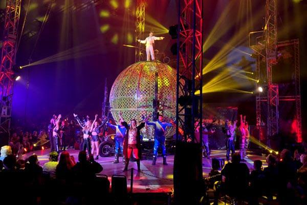 Fringe REVIEW: Circus Extreme @Preston Park
