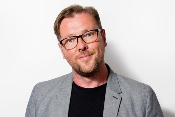 Laid Back Literati with Damian Barr