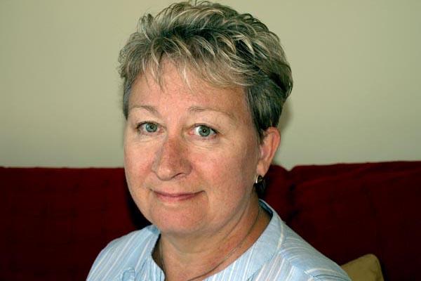 Queen honours top librarian