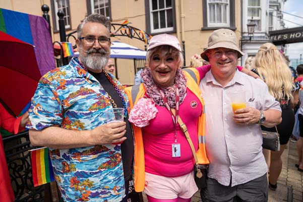 PICTURE DIARIES: A day at IOW Pride with Miss Jason