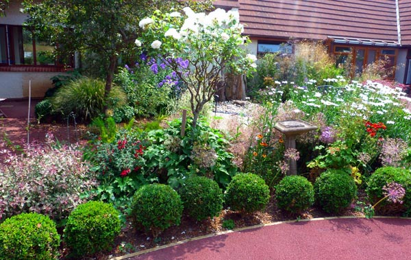 Residents open their gardens for the Martlets