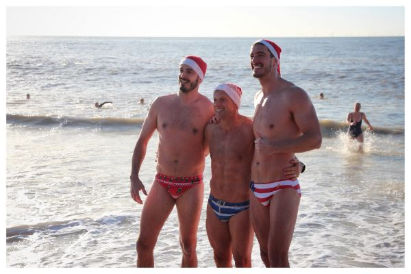 Hundreds attend Brighton Christmas Beach Swim