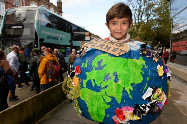 Brighton & Hove Buses' launchesdesign competitionfor young climate activists