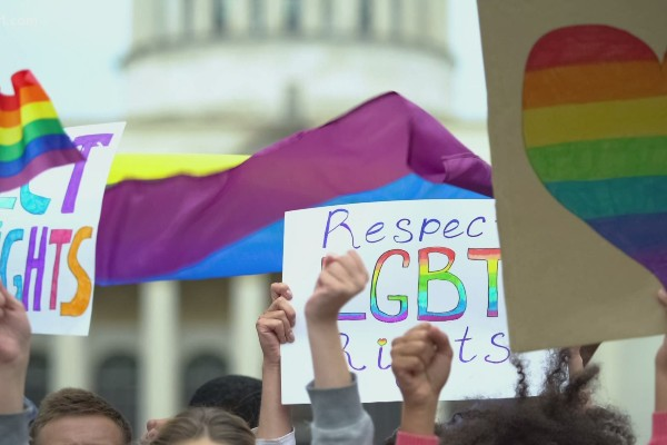 Louisville outlaws conversion therapy