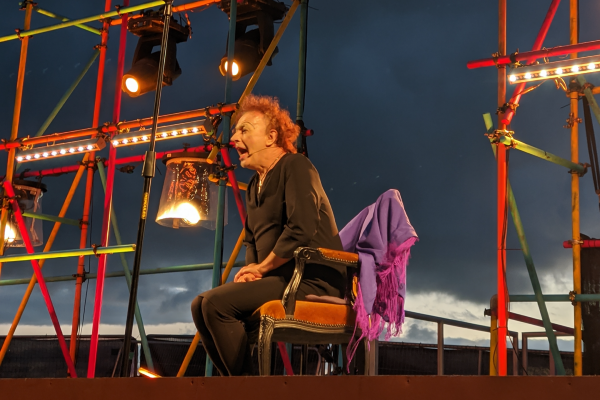 REVIEW: An Audience With Edith Piaf @ Warren outdoors