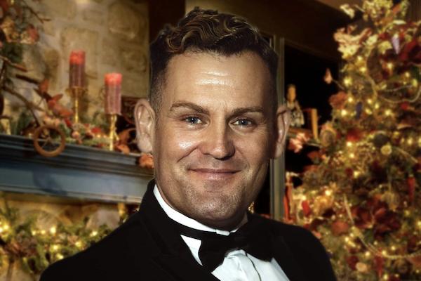 Tenor Ian Farrell to stream Christmas show on Saturday, December 12