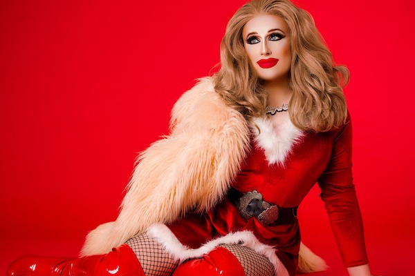 Crystal Lubrikunt to stream 'Santa's Little Slag' for AKT