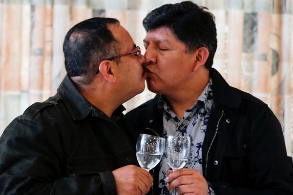 Bolivia recognises same-sex civil union