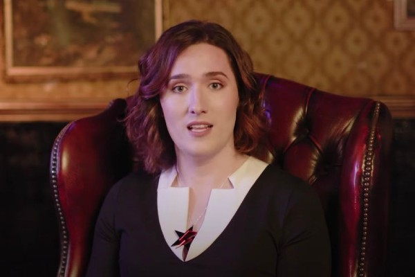 YouTuber Abigail Thorn comes out as trans