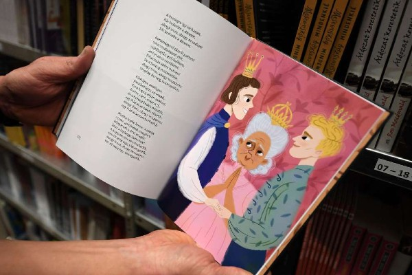 Queer Hungarian children's book ordered to print disclaimers