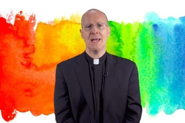 Priest criticised for supporting LGBTQ+ community