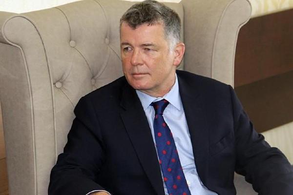 MI6 chief apologises for LGBTQ+ staff ban
