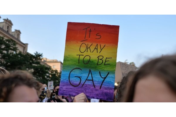 Spain proposes to fine conversion therapy practitioners