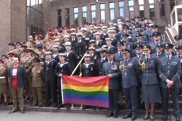 Gay RAF veteran requests official apology