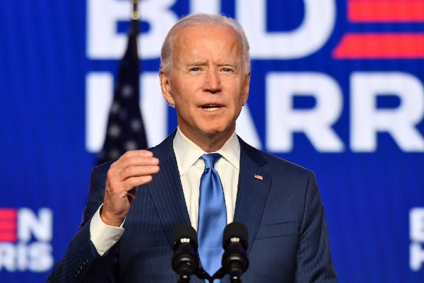 Biden calls for Congress to boost HIV/AIDS funding