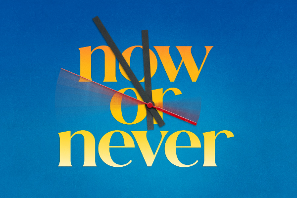 REVIEW: Now Or Never – Barn Theatre